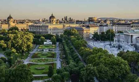 Annie Jaffrey Shared Her Vienna Experiences!