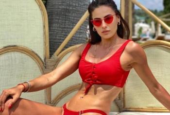Miss Turkey Güzeli Sinem Sülün'den Büyüleyen Yaz Paylaşımları!