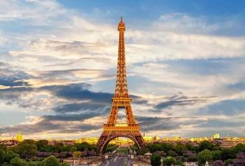 Enfal Diner'in Paris Maceralarında Neler Yaşandı?