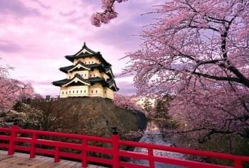 Japonya'da Bir Masal Diyarı: Hirosaki Park!