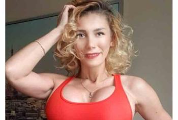 Femme Felis'ten Çok Etkili Kalça Şekillendirme Egzersizi!