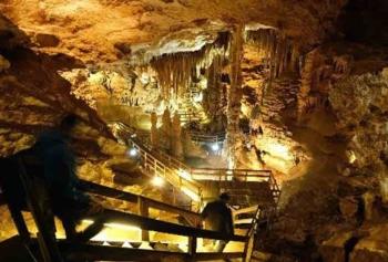Nilgün Bingöl Türkiye'nin İlk Turizme Açılan Mağarası Damlataş'ı Gezdi!