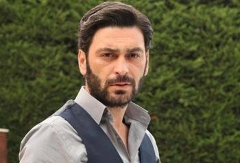 Ozan Akbaba İle Takipçisi Arasındaki Murat Boz Konuşması İlgi Çekti!