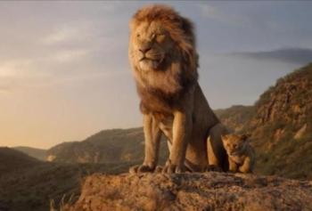 Ezgi Zorba Londra'da Aslan Kral İçin Şarkı Söyledi!