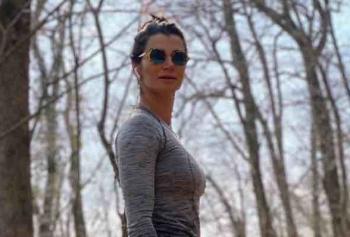 Tuğçe Alpay'dan Alt Karın Eritme Hareketleri!