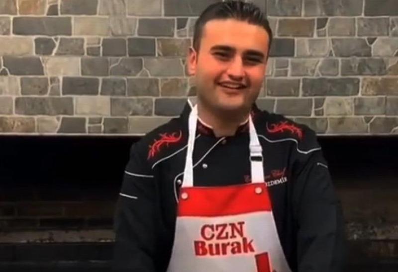 Sosyal Medya Fenomeni CZN Burak Manavgat'ta Yangın Söndürme Çalışmasına Katıldı!