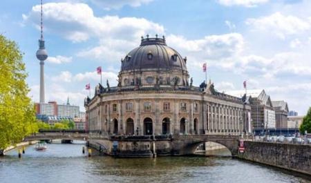 Seyahat Hikayeleri Berlin'de Neler Yaşadı?